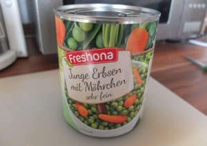 a tin of peas and carrots for German pasta salad
