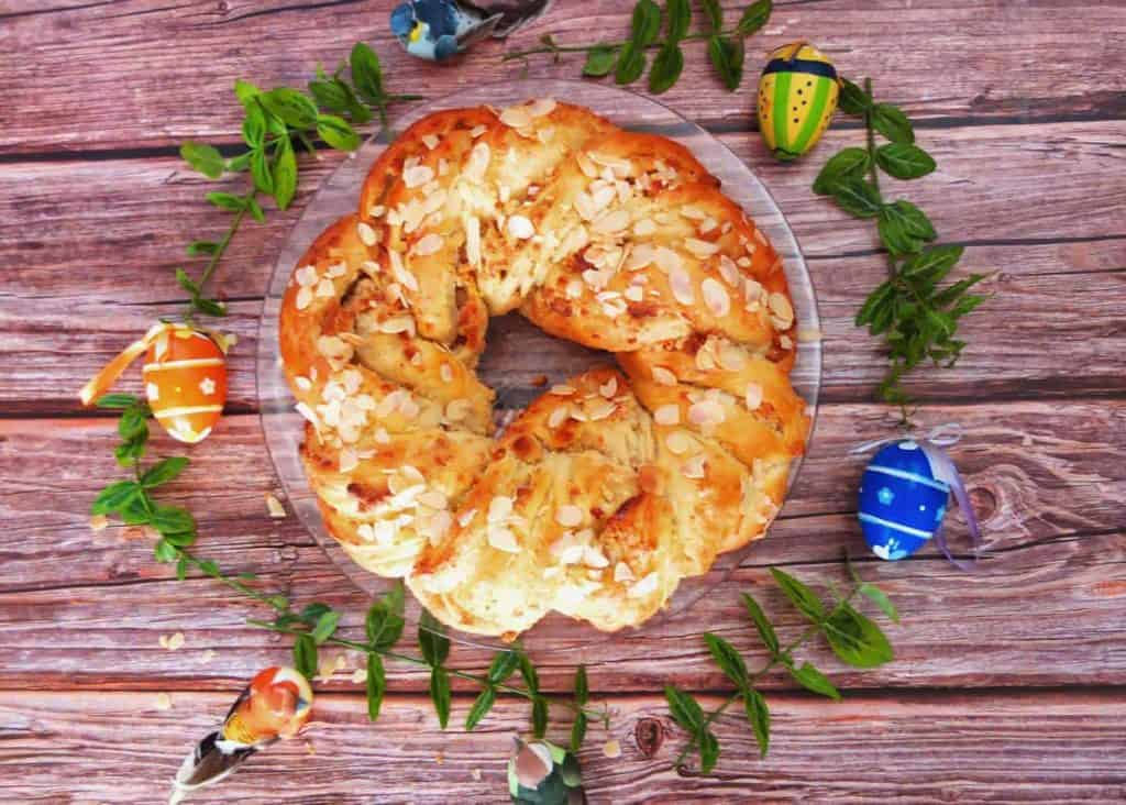 German Easter Bread (Osterbrot)