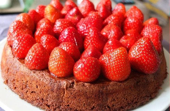 Strawberry_Chocolate_Cake3