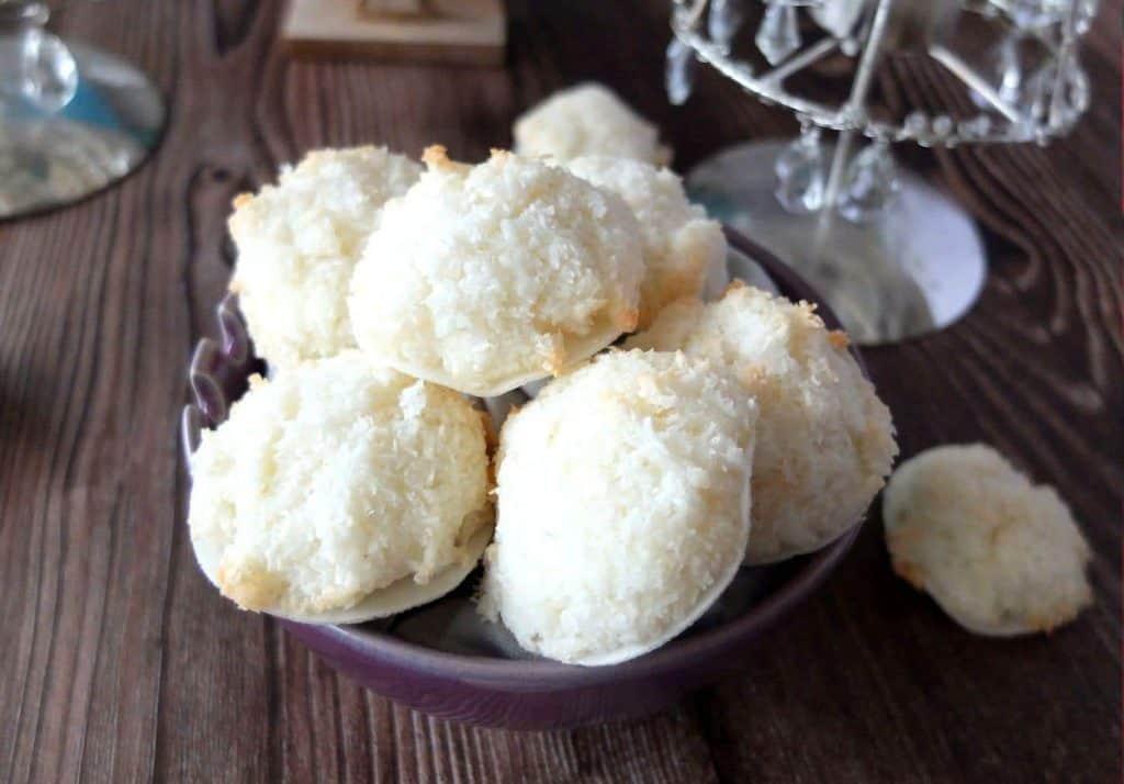 German Coconut Macaroons